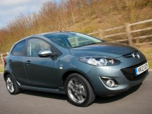 Mazda2 Venture Edition (Front tracking)