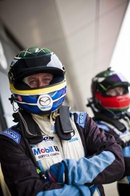 014_Mazda_Britcar_Silverstone_2013_en_jpg72