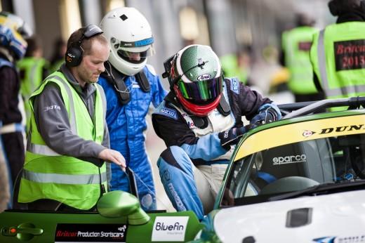 017_Mazda_Britcar_Silverstone_2013_en_jpg72