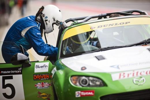020_Mazda_Britcar_Silverstone_2013_en_jpg72