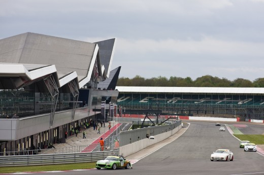 049_Mazda_Britcar_Silverstone_2013_en_jpg72