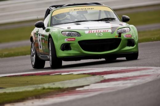 055_Mazda_Britcar_Silverstone_2013_en_jpg72