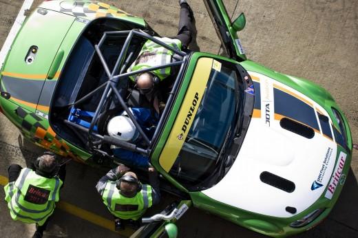 092_Mazda_Britcar_Silverstone_2013_en_jpg72
