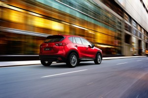 2015-cx-5_2014-laas_eu_action_6_screen blog