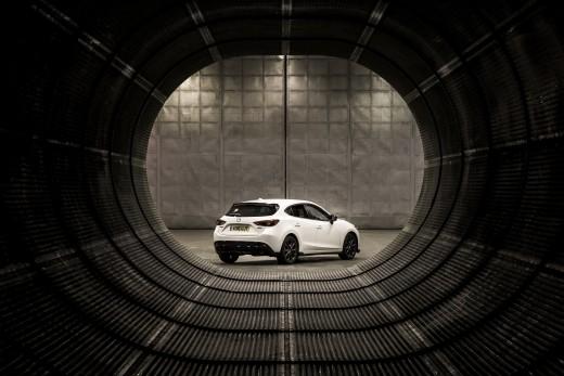 _Mazda3_SB_106