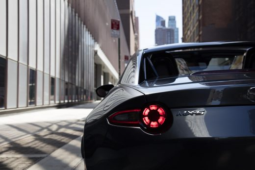 Mazda_MX-5RF_NYshowmodel_NYC003