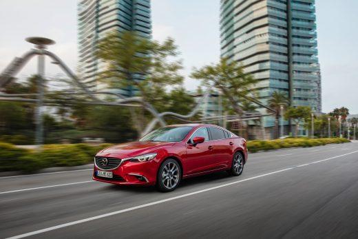 2017 Mazda6_SDN_Action (6)