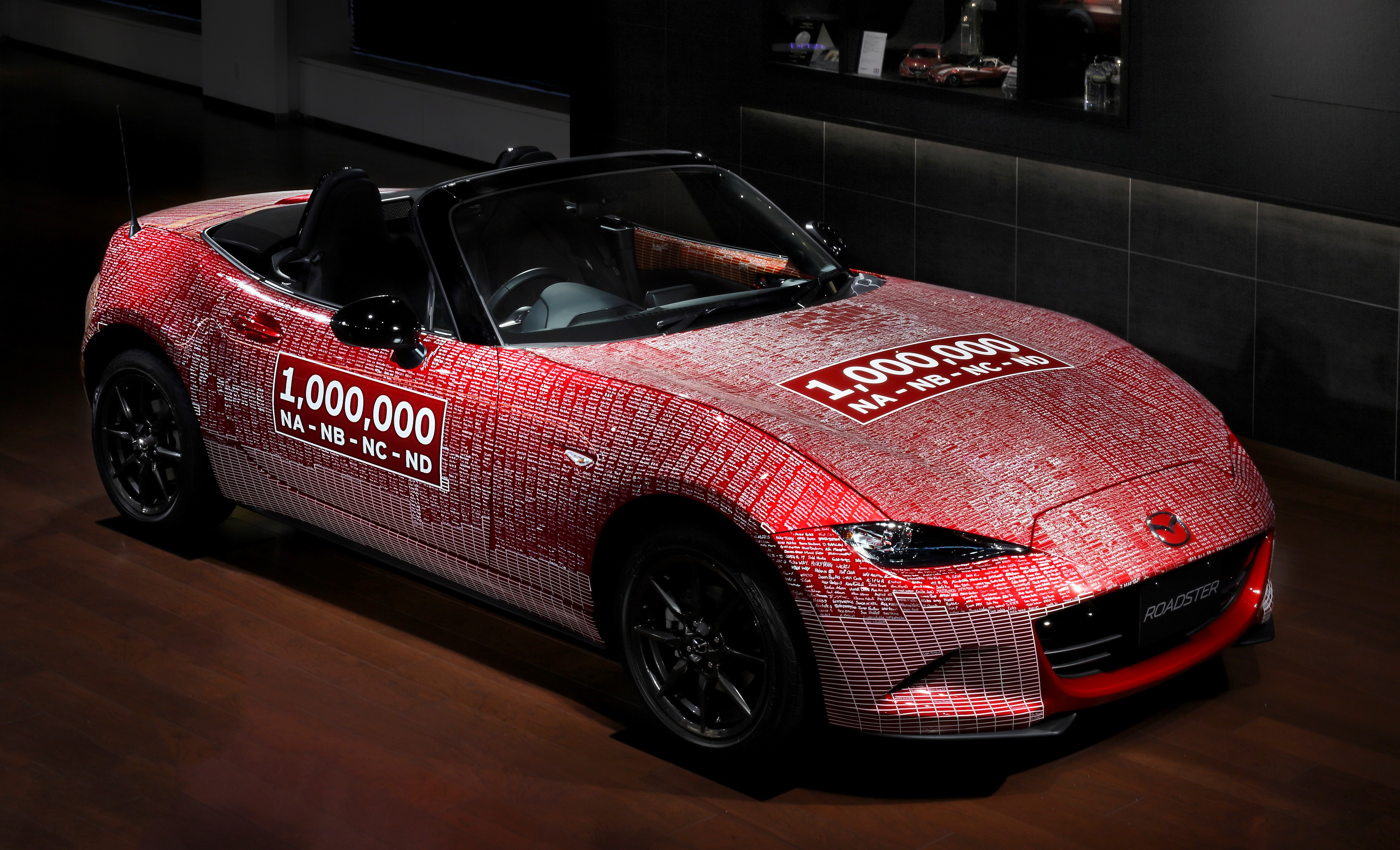 one millionth mazda mx 5 returns to japan after its world tour inside mazda. Black Bedroom Furniture Sets. Home Design Ideas